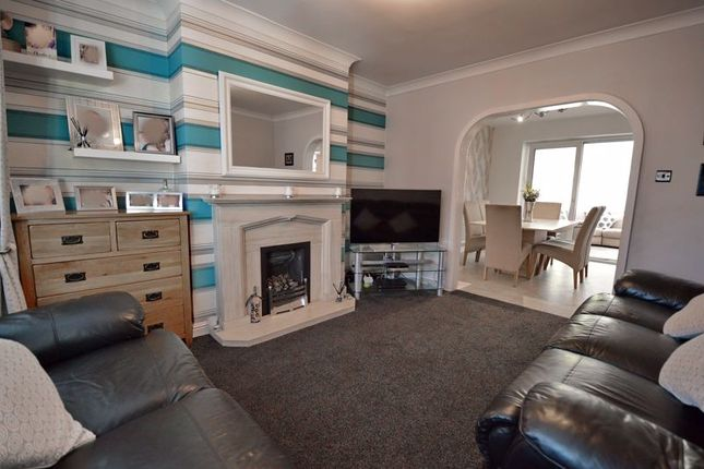 Lounge of Kenmore Road, Whitefield, Manchester M45