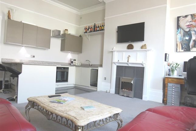 2 bed flat for sale in Poole Hill, Westbourne, Bournemouth