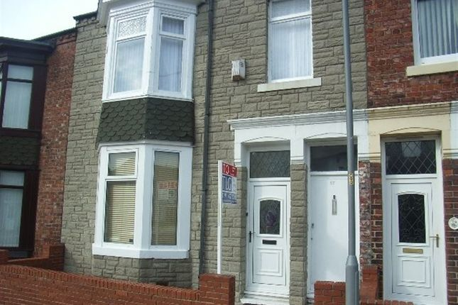 Thumbnail Flat to rent in Spohr Terrace, South Shields