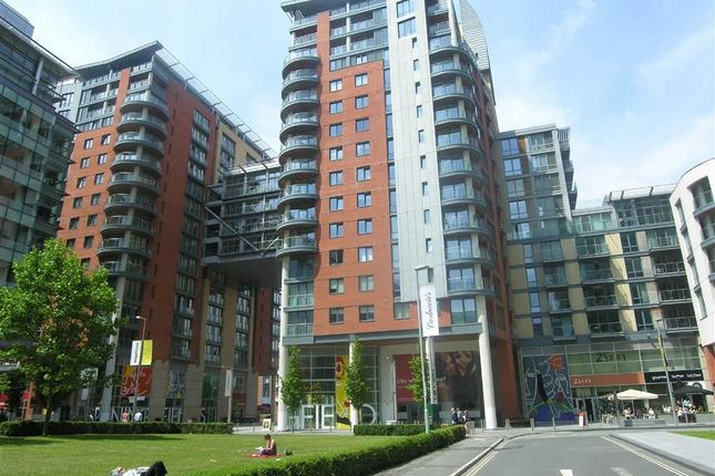 Thumbnail Flat to rent in Leftbank, Spinningfields, Manchester