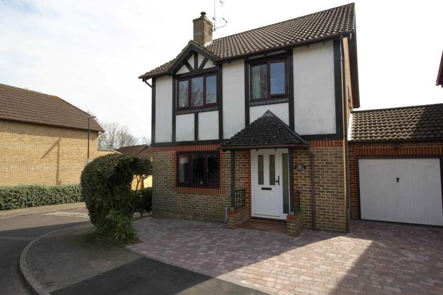 Thumbnail Detached house to rent in Harold Road, Worth, Crawley