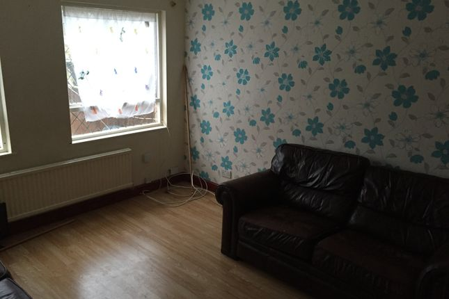 Thumbnail Town house to rent in Mossgate, Leicester