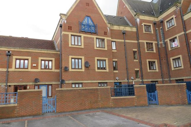Thumbnail Flat to rent in Trinity Mews, Thornaby, Stockton-On-Tees