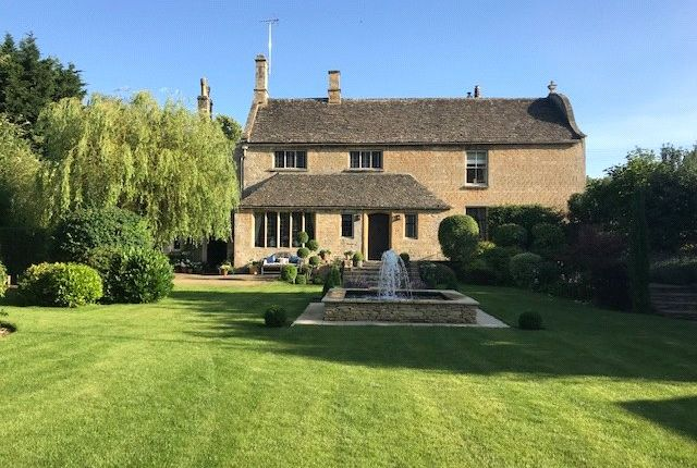 Thumbnail Detached house for sale in Burford, Oxfordshire