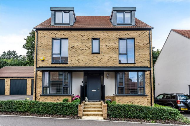Thumbnail Detached house for sale in Charles Howell Drive, Coulsdon