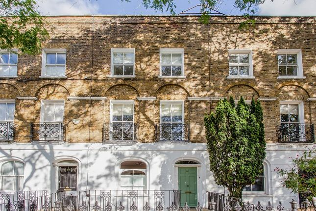 Maisonette to rent in Cloudesley Road, London