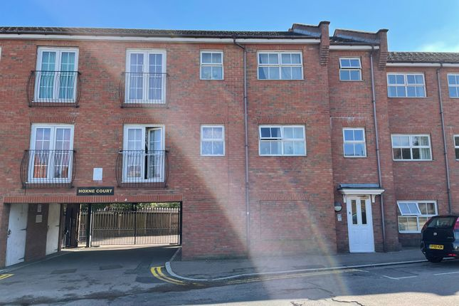 2 bed flat for sale in St. Edmunds Road, Abington, Northampton NN1