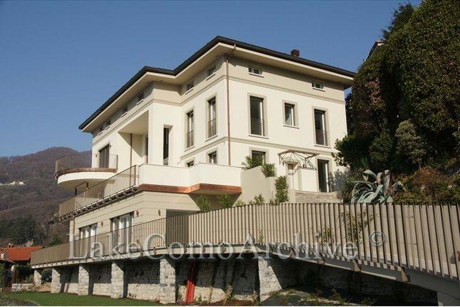 Thumbnail Apartment for sale in Cernobbio, Lake Como, 22012, Italy