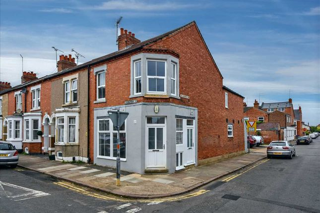 Thumbnail Flat to rent in Collingwood Road, Northampton