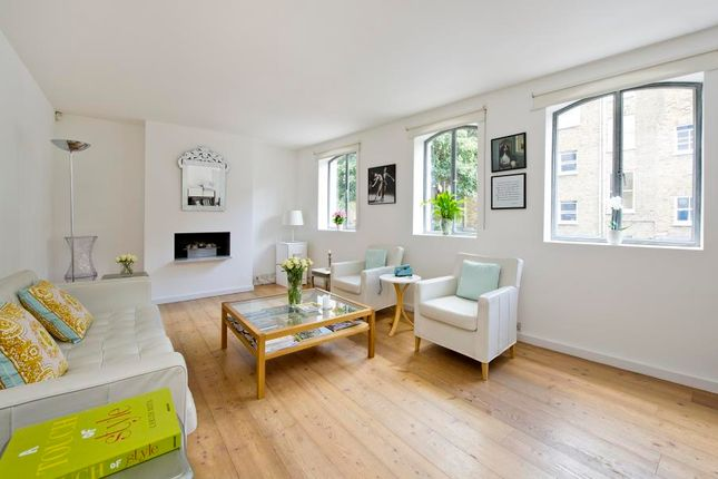 Thumbnail Property to rent in Greens Court, Lansdowne Mews, London