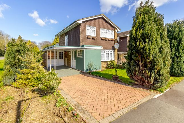 Thumbnail Detached house for sale in Morningtons, Harlow, Essex