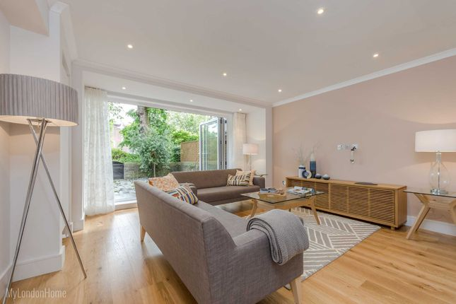 Thumbnail Terraced house to rent in Telford Terrace, Pimlico, London