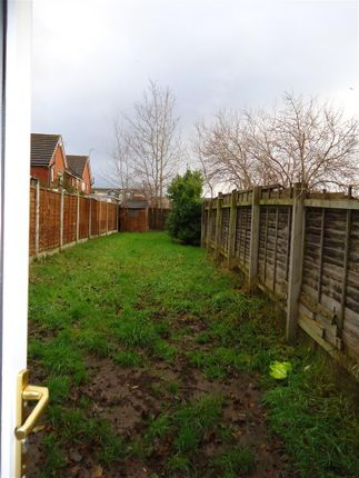 6 Telary Close (Rear Garden)