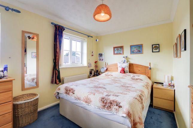 Bedroom 1 of Yew Tree Drive, Kingsteignton, Newton Abbot TQ12
