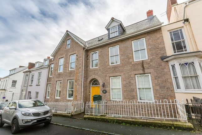 65 Victoria Road St Peter Port Guernsey Gy1 1 Bedroom