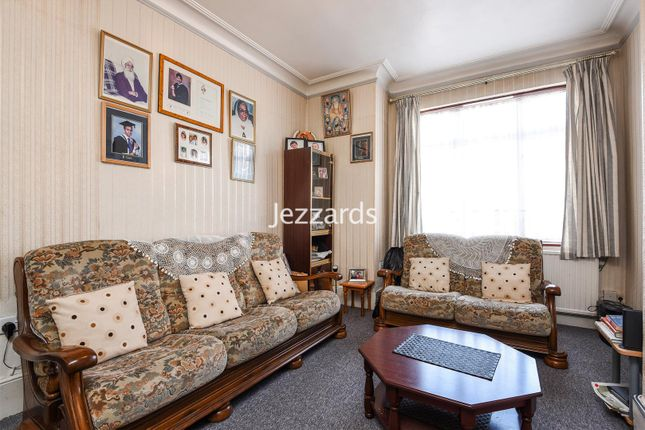 Thumbnail End terrace house for sale in Danesbury Road, Feltham
