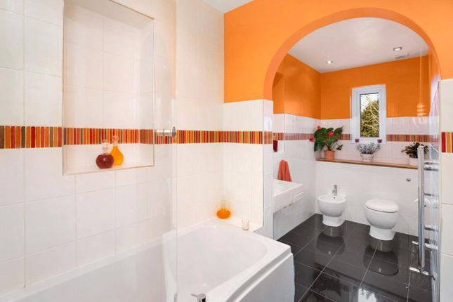 Bathroom of East Budleigh, Budleigh Salterton, Devon EX9