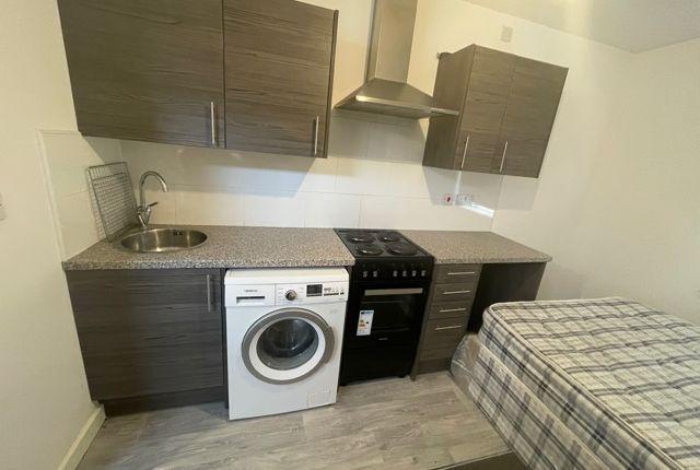Studio to rent in 400 Dallow Road, Luton LU1