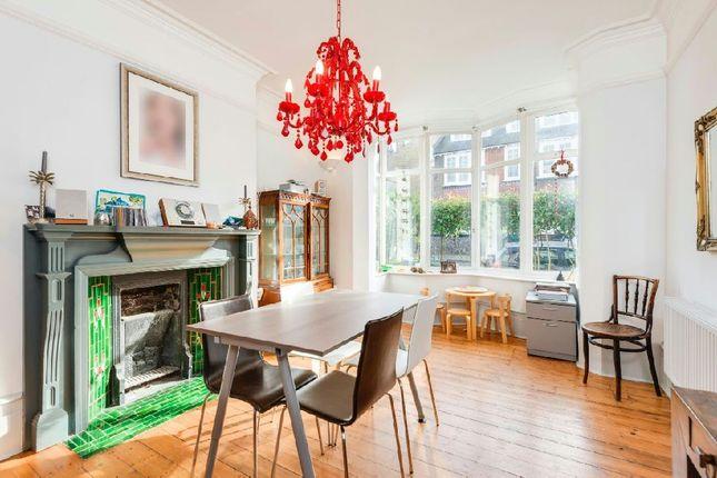 Thumbnail Terraced house for sale in Milton Park, Highgate
