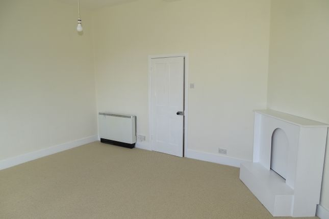 Thumbnail Duplex to rent in Market Place North, Ripon, North Yorkshire