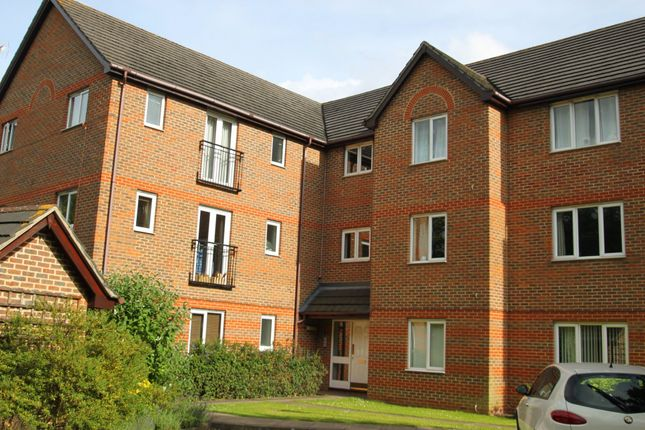 Thumbnail Flat to rent in John Austin Close, Kingston Upon Thames