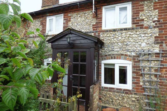 Thumbnail Terraced house to rent in Blackthorne Lane, Ballinger, Great Missenden