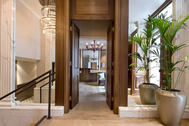 Thumbnail Flat to rent in Beaufort House, Knightsbridge
