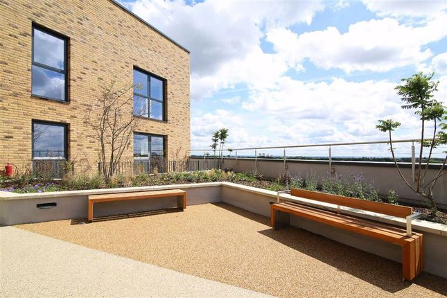Thumbnail Flat for sale in Greenview Court, Southall, Middlesex