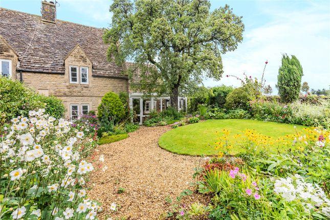 Thumbnail Semi-detached house for sale in Hyde Hill, Minchinhampton, Stroud