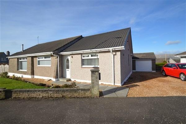 Thumbnail Detached bungalow for sale in Oak Drive, Lenzie, Glasgow