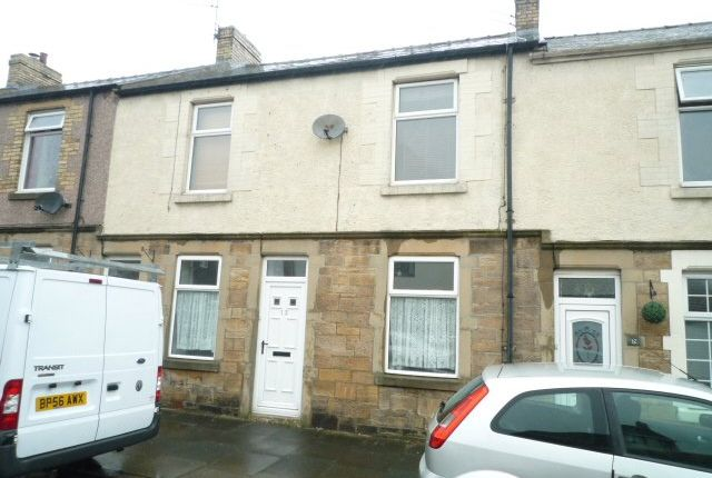 2 bed flat to rent in Queens Road, Seaton Sluice, Whitley Bay, Northumberland NE26