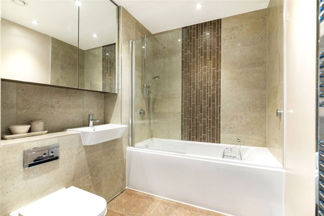 Flat to rent in Chiswick Point, Chiswick, London