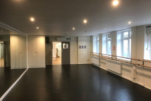 Thumbnail Office to let in Raiway Road, Ilkley