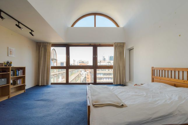 Thumbnail Flat for sale in John Trundle Court, Barbican