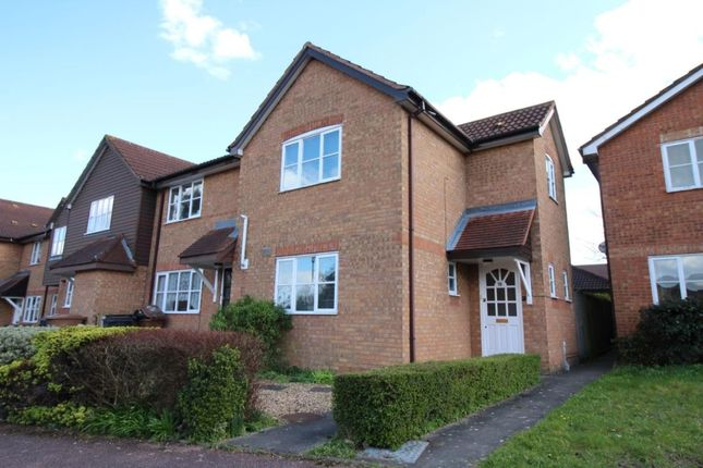 Thumbnail Property to rent in Colwyn Close, Stevenage