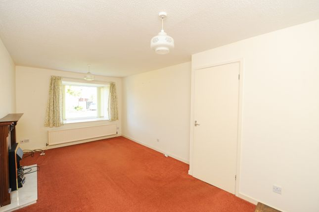 Living Room of Watkinson Gardens, Waterthorpe, Sheffield S20