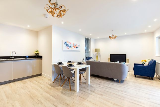 Thumbnail Flat for sale in Plaistow Road, London