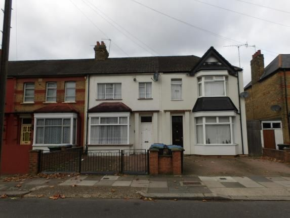 Thumbnail Terraced house for sale in Kenwood Road, London