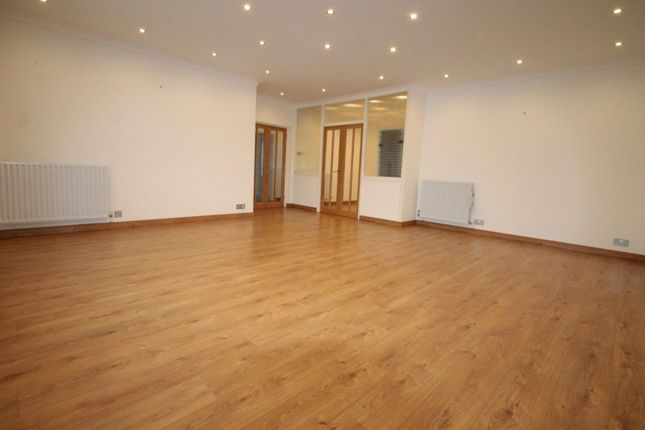 Thumbnail Flat to rent in Ormsby, Grange Road, Sutton