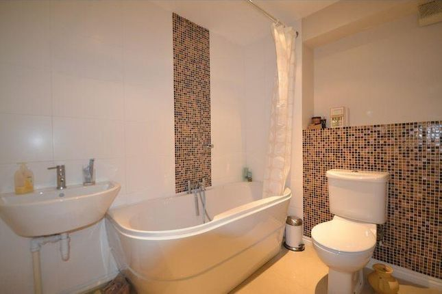 Thumbnail Property for sale in Doulton Drive, Smethwick