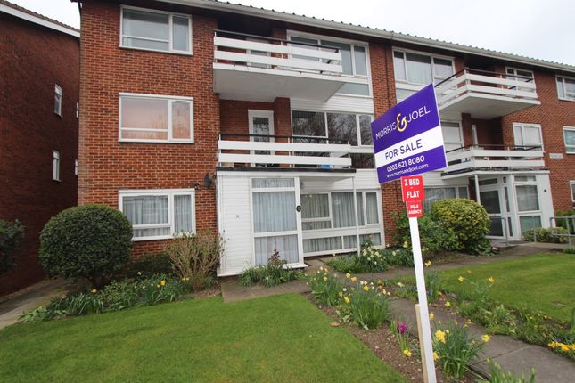 Thumbnail Flat for sale in Hardwick Close, Stanmore