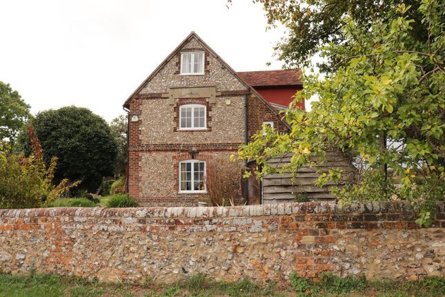 Thumbnail Detached house to rent in The Common, Downley, High Wycombe