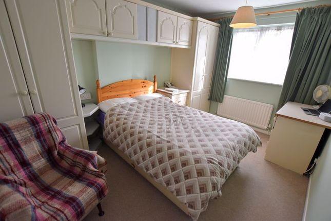 Bedroom of Stuart Close, Bletchley, Milton Keynes MK2