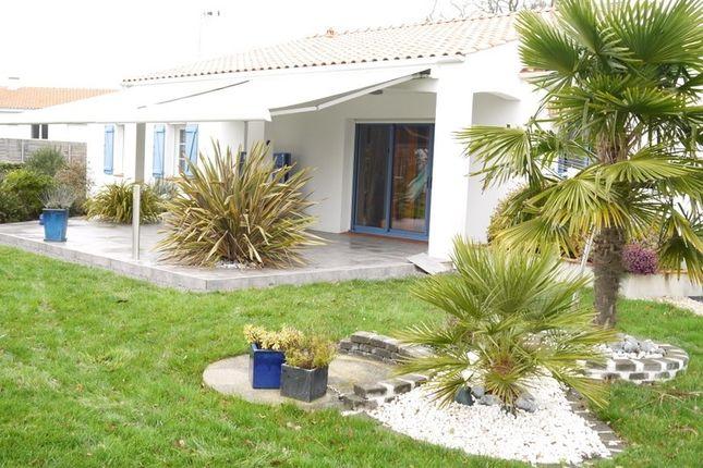 Thumbnail Detached house for sale in Pays De La Loire, Vendée, Challans