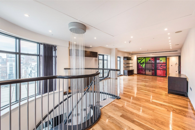 Thumbnail Flat to rent in North Row, London