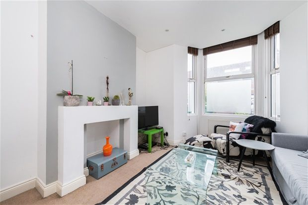 1 bed flat for sale in Crystal Palace Road, London
