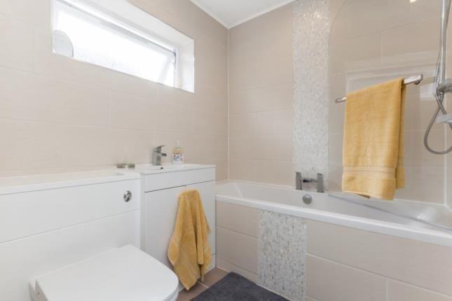 Bathroom of Sandy Lane, Partick, Glasgow G11