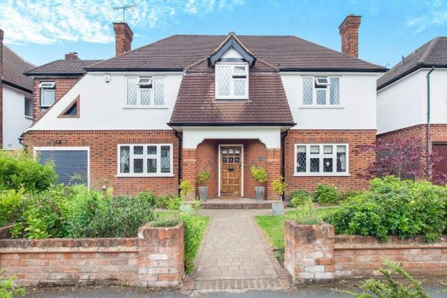Thumbnail Detached house for sale in Hinchley Wood, Surrey