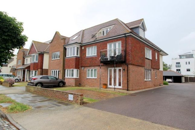 Thumbnail Flat for sale in Winchester Road, Frinton-On-Sea