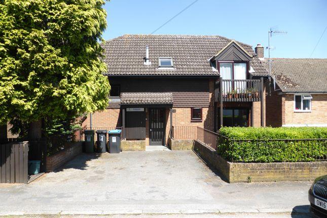 Thumbnail Flat for sale in Torrington Road, Berkhamsted